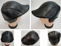 Warm Ivy Cap with Ear Flaps [Leather-Like]